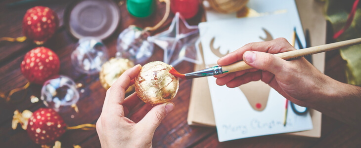 Get in the Spirit with Low Cost Holiday Activities