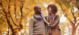 7 Low-Cost and Fun Date Ideas for Fall Image