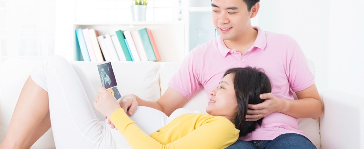 7 Financial Matters for Expecting Parents to Discuss